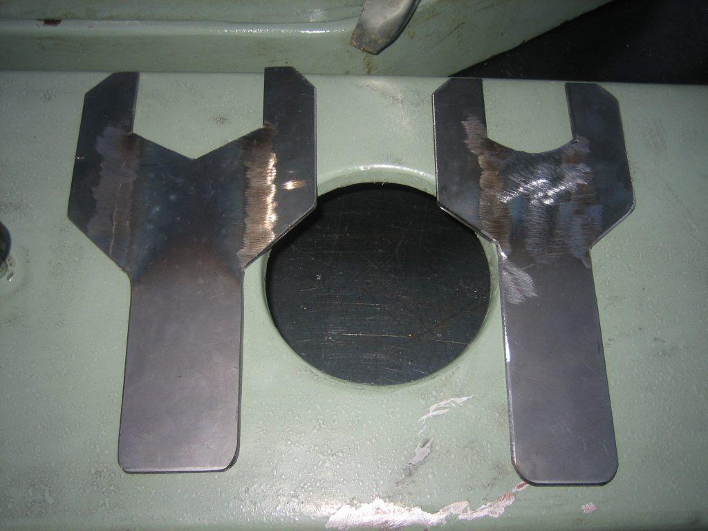 タップ折損防止機構を調整するために製作したスパナの写真です。
