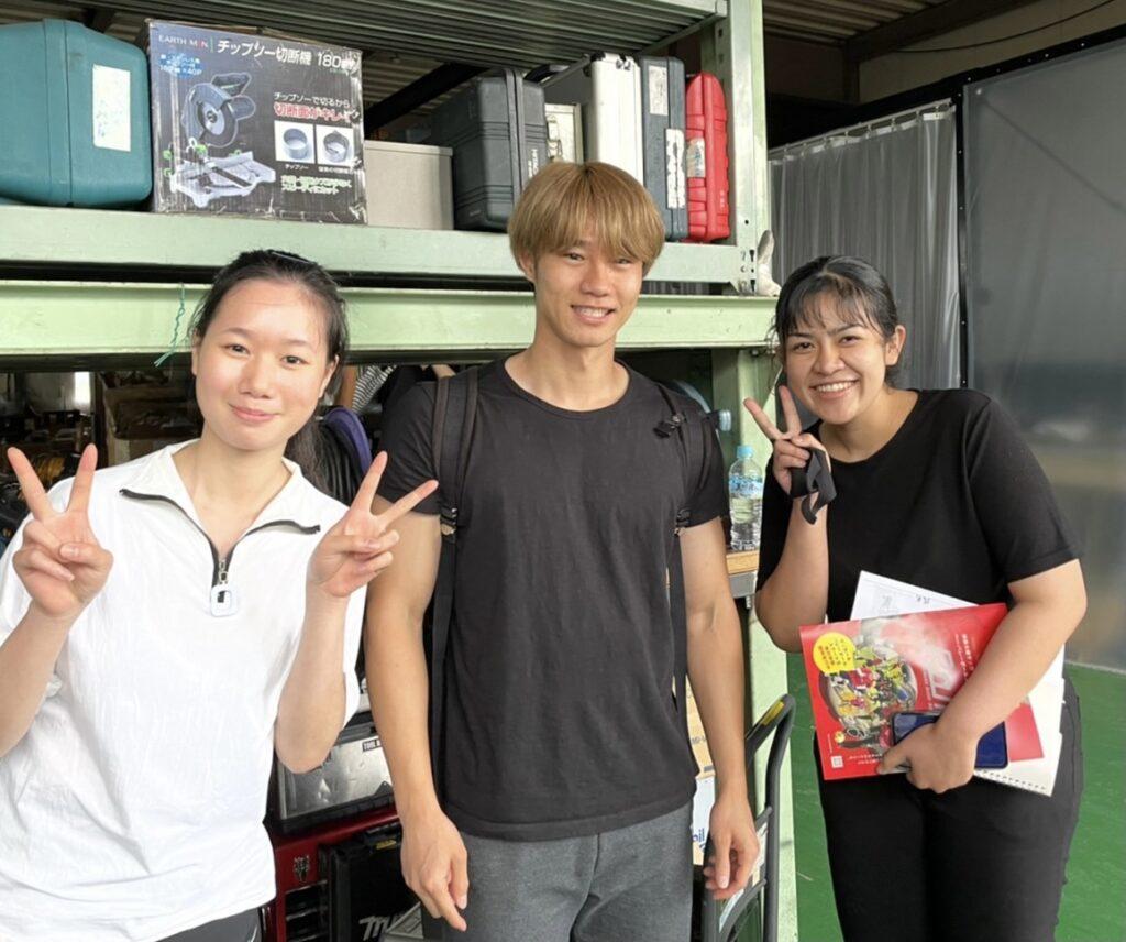 星原健太さんと女性社員